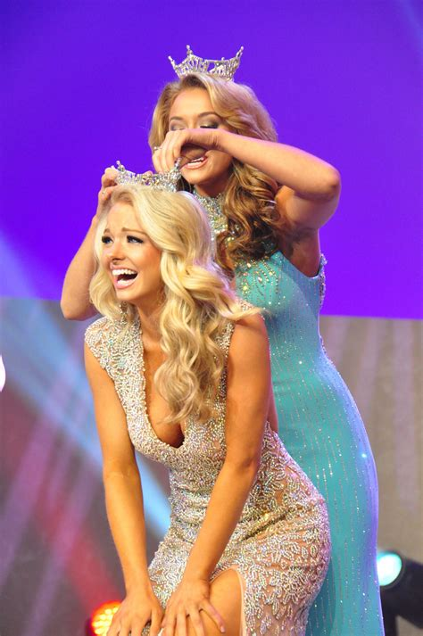 Hayley Lewis, Miss Tennessee, by way of Independence