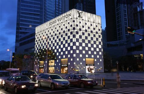 LV Store Shenzhen Mix C Projects | RB HK